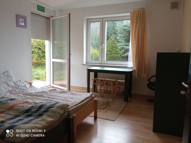 Pokoje kwatery w domu prywatnym 280m2 dla pracowników 35-40 osób