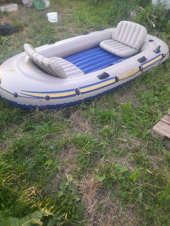 Лодка интекс 4