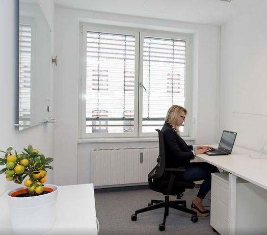 Офіс 350м2, вид на озеро, власна парковка, кабінетний тип