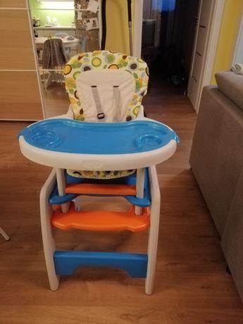 krzesełko ze stolikiem dla dzieci