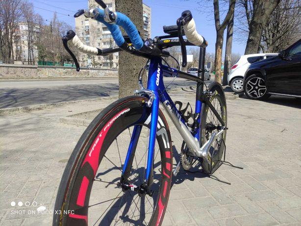 Продам велосипед шоссейный, разделка Giant