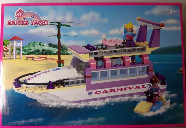 Конструктор Bricks Yacht с наклейками+подарок