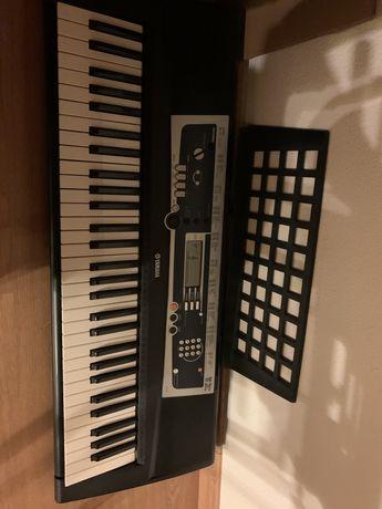 Orgão/piano Yamaha