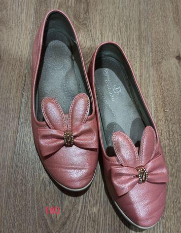 Туфли розовые на девочку-подростка