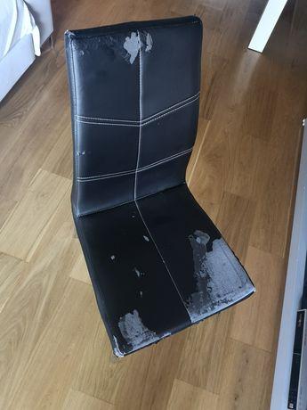 4 czarne krzesła