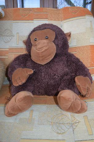 pluszowa małpka