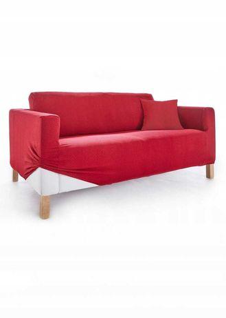 26) czerwony pokrowiec na kanapę