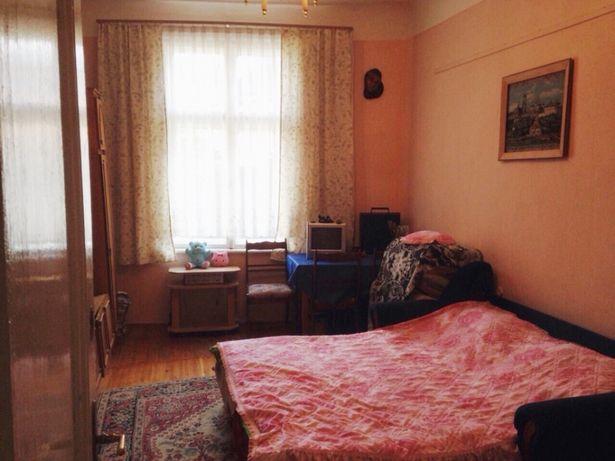 Продам 2-х комнатную квартиру Черновцы центр