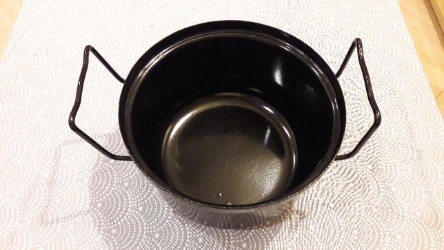 Garnek czarny 26,5 cm