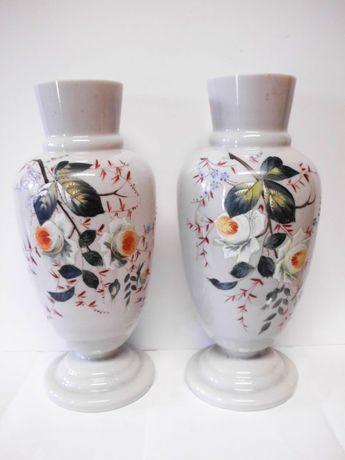 2 grandes antigas jarras em vidro opalino pintadas a mão sec. XIX