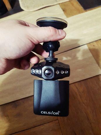 Классный Видеорегистратор дешево CELSIOR DVR CS-402