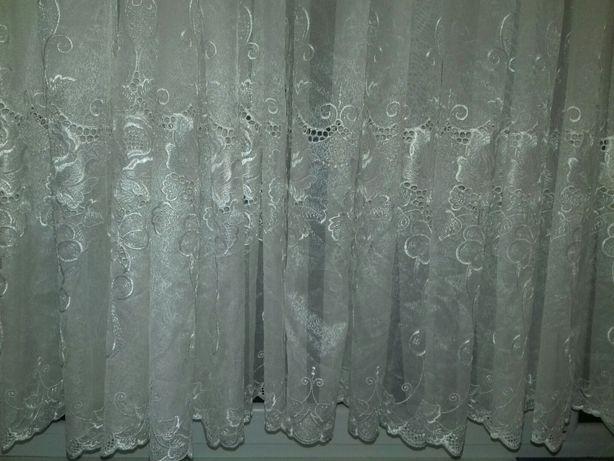 Вышивка на фатине.Готовая штора( гардина,тюль).