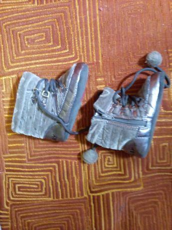 Ботиночки-пинетки для самых маленьких