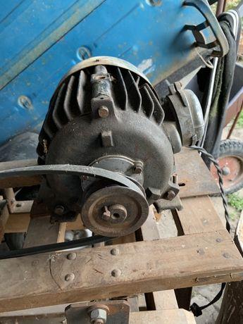 Электромотор на 4.5 КВ на 1000 оборотов