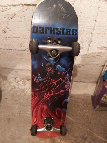 Deskorolka DarkStar