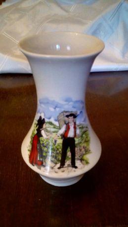 Piękny wazon francuskiej porcelany