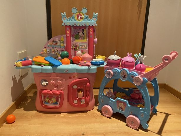 Cozinha Minnie + carro de chá Frozen