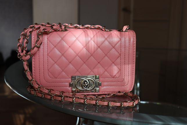Продам женскую сумочку cross-body