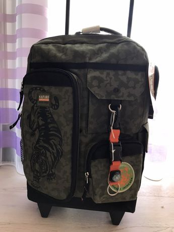 Валізка-рюкзак для подорожей