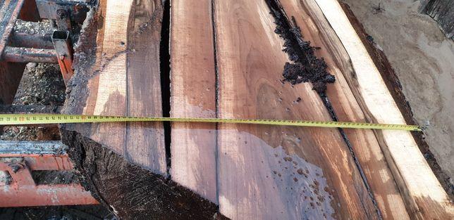 orzech włoski drzewo żywica epoxydowa monolit stół blat drewniany loft