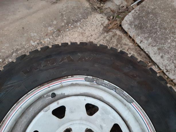 Jantes16 e pneus terrano