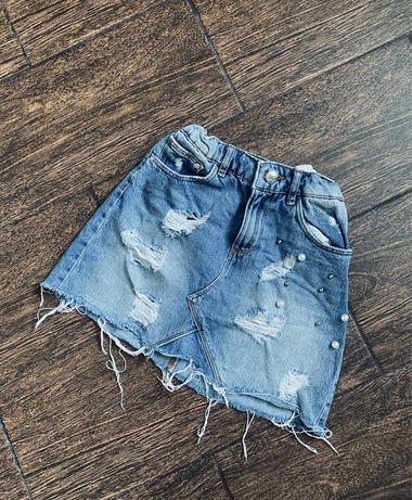 Стильная джинсовая юбка с жемчугом от Zara 8-9лет