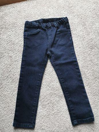 Granatowe dżinsy chłopięce H&M r98
