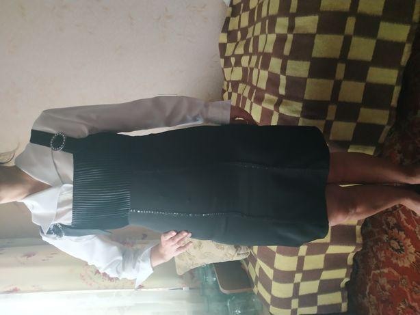 Плаття-сарафан на застібці