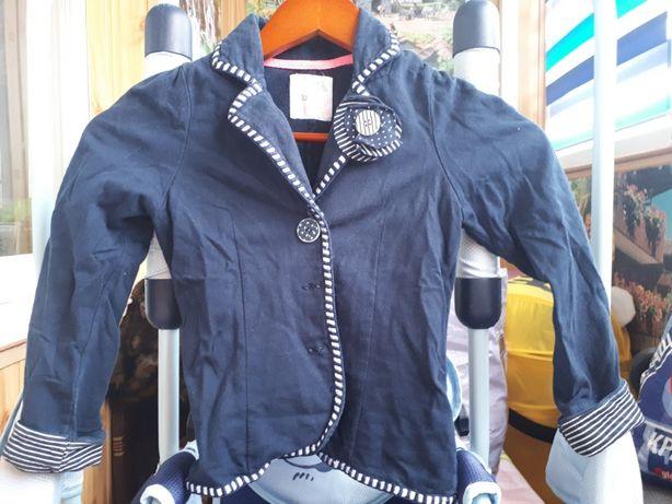 Трикотажный пиджак на рост 122