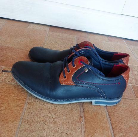 Eleganckie buty 35 dla mężczyzn