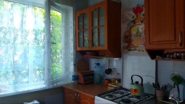 Продам 2 комнатную 47м2 5/5 кв. Гагарина Жовтневый р-н.
