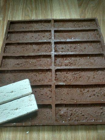 Форма для изготовления гипсового декоративного камня и тротуарной плит