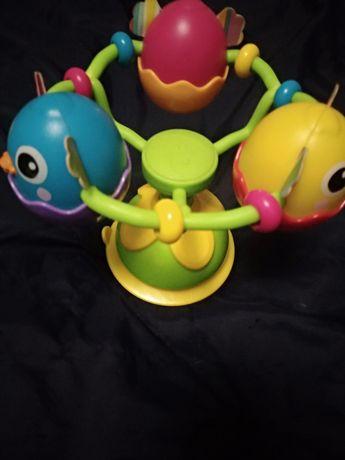 Lamaze развивающая игрушка погремушка на присоске