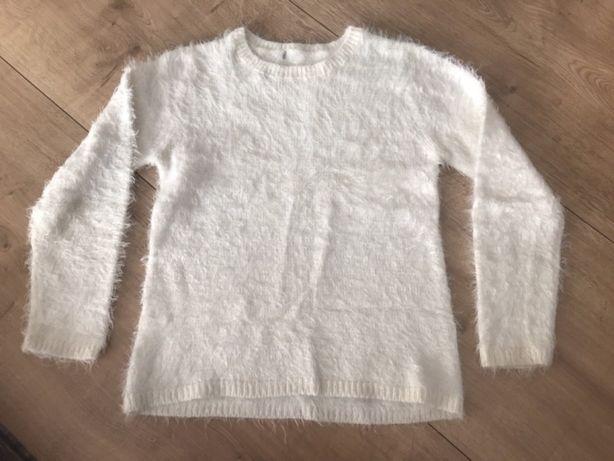 Sweterek rozm 134