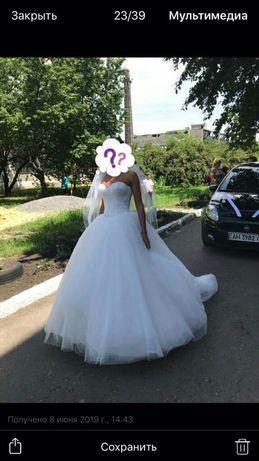 Нежное свадебное платье - мечта любой девушки.
