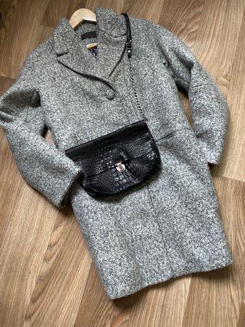 Классное шерстяное пальто утепленное оверсайз