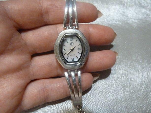 zegarek srebro z masa perłową