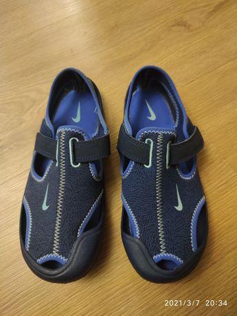 Sandałki unisex rozmiar 33 Nike