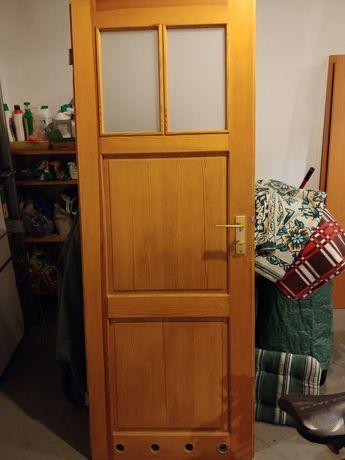 Drzwi drewniane lite drewno 80cm prawe