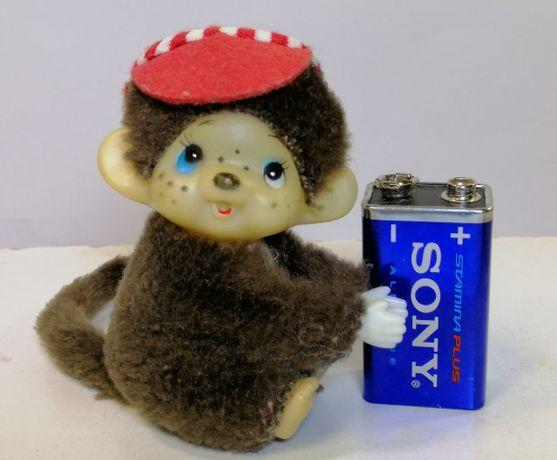детская игрушка примат обезьянка лапы открываются меховая коричневая