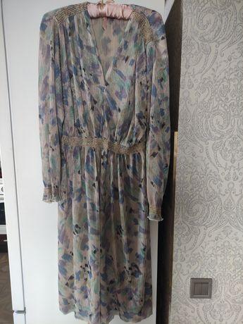 Красивое винтажное платье в идеальном состоянии. Винтаж времён СССР