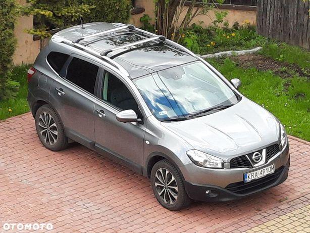 Nissan Qashqai+2 Nissan Qashqai+2 dobrze wyposażony z panoramicznym dachem