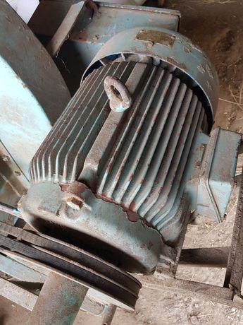 Silnik 15kw,  mało uzywany