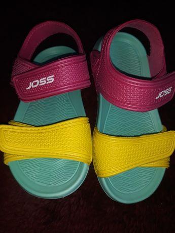 Сандали для девочки фирмы Joss