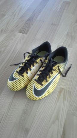 Korki Nike r. 37,5