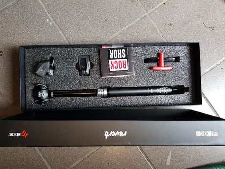 Sztyca regulowana ROCK SHOX Reverb AXS 150mm 30,9mm Bluetooth