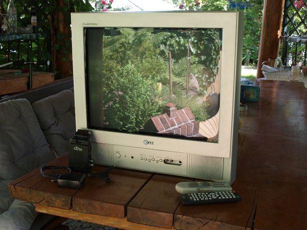 Telewizor LG 21'' + dekoder DVB-T + wieszak