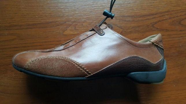 Продам кроссовки Paul Green