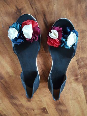 Gumowe balerino-sandalki