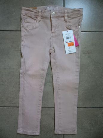 RESERVED pudrowe spodnie jeansy NOWE dla dziewczynki 98cm